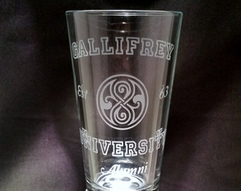 Doctor Who Inspired Gallifrey University Alumni Etched Pint Glass Funny Doctor Who Inspired Glassware Dr Who Pint Glass