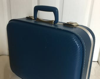 Vintage Blue Suitcase, Blue Weekend Bag, Blue Carry Case,