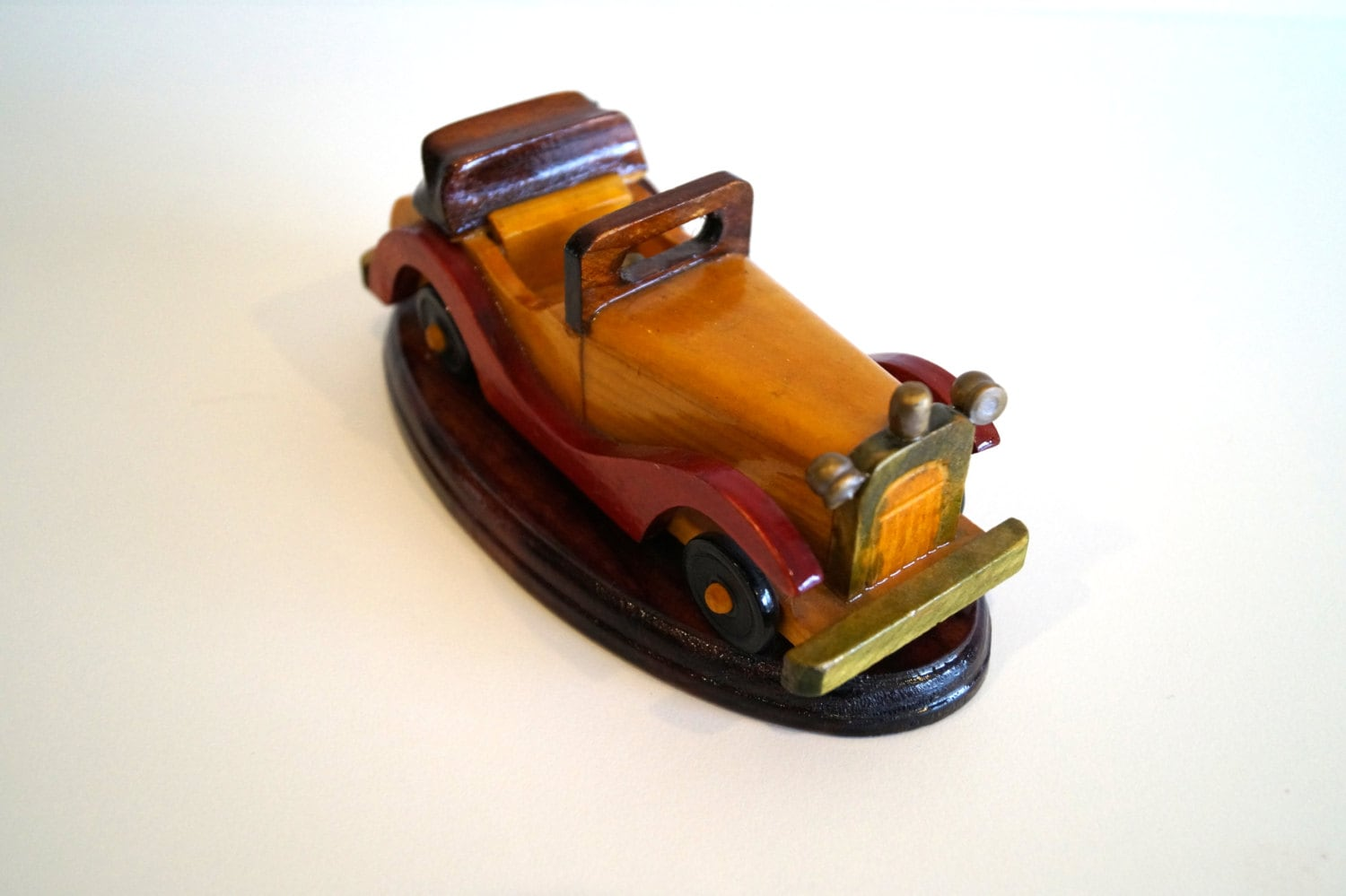 Car model vintage car wooden car toy Wood Souvenir car