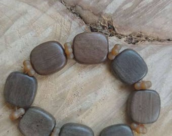 Bohemian style wood and glass stretch bracelet