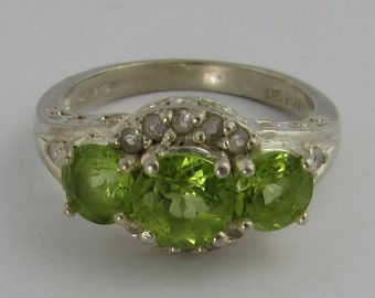 Three Stone Peridot Vintage Ring - Sterling Silver - August Birthstone