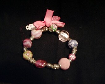 Stretchy Pink Beads with Sweet Pink Bow Bracelet