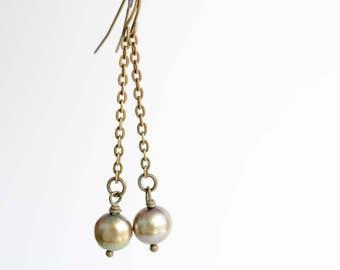 Fresh water pearl drop earrings, antiqued brass long earrings, pearl jewelry, boho style, spring trends, women's jewelry, bohemian jewelry