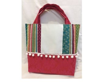 medium embroidery - patchwork in mostly dark pink - 5.5 aida canvas tote bag crosses/cm