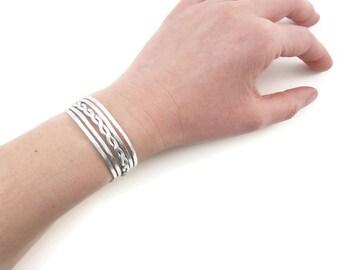 Cuff hammered S braided - silver