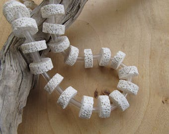 Set of 5 beads 15 x 8 mm rondelle lava chalk white color.