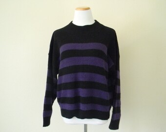 FREE usa SHIPPING Vintage ladies knit sweater scoop neck oversized striped boyfriend sweater acrylic size S-M