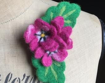 Nadel gefilzt rosa Blüten Blumen Brosche Abzeichen Corsage Hochzeit Brautjungfer