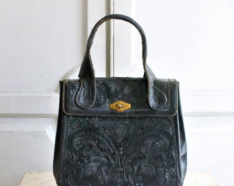 large black tooled leather bag vintage 60s - 70s