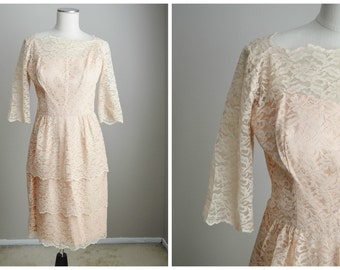 vintage 50s 60s pale pink lace tiered peplum wiggle dress // womens small/med // 36-28-40