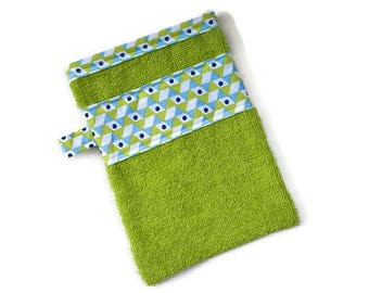 Green Terry washcloth
