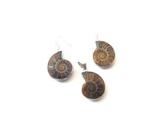 Unique Vintage Ammonite Fossil and Silver Tone Metal Demi Parure Pierced Dangle Earrings & Pendant Set