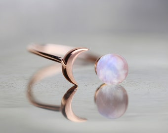 Inspirational Rainbow Moonstone Ring Raw Stone Ring Gift For Her Celestial Jewelry Crescent Moon Ring Girlfriend Gift Statement Ring