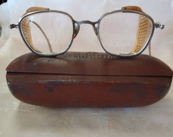 Wilson's Safety Googles with Case