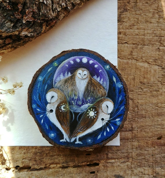 Crystal ball and barn owl, painted on wood slice, hanging decoration, gift idea