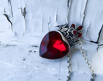 Red Heart Pendant - Queen of hearts necklace - Ruby Heart necklace - Red Heart Necklace - Red Queen Necklace - Heart pendant