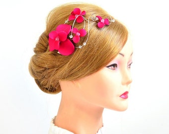 Fuchsia fascinator Bridesmaids hot pink head piece Wedding hair clip Wedding hair accessories Bridesmaids hair flower