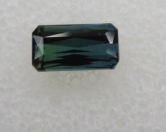 Tourmaline green blue indicolite, radiant cut tourmaline, Africa, 0, 83ct 3.7 x 6, 9mm