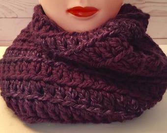 Chunky Infinity Scarf, Crochet Infinity Scarf, Purple Infinity Scarf, Chunky Scarf, Purple Scarf, Chunky Circle Scarf, Crochet Scarf,