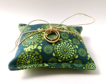 Ring Pillow - Eco Friendly Wedding  - Organic Cotton - Emerald Green - Rustic Wedding  - Handmade Wedding