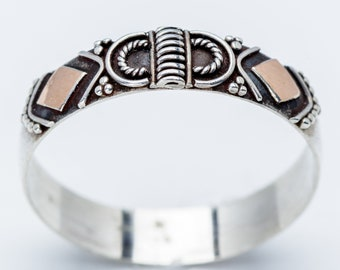 Ornate Sterling Silver Ring with Copper Accents