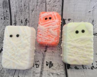 Halloween Soap - Monster Soap - Mummy Favors - Mummy Soap - Halloween Treats - Halloween Party Favors - Halloween Party Ideas - Novelty Soap