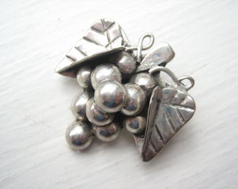 Vintage sterling silver TAXCO grapes brooch and pendant, silver Mexican grapes, TAXCO Mexico silver grapes