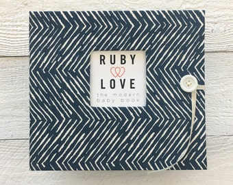 BABY BOOK | Navy Freeform Arrows Album