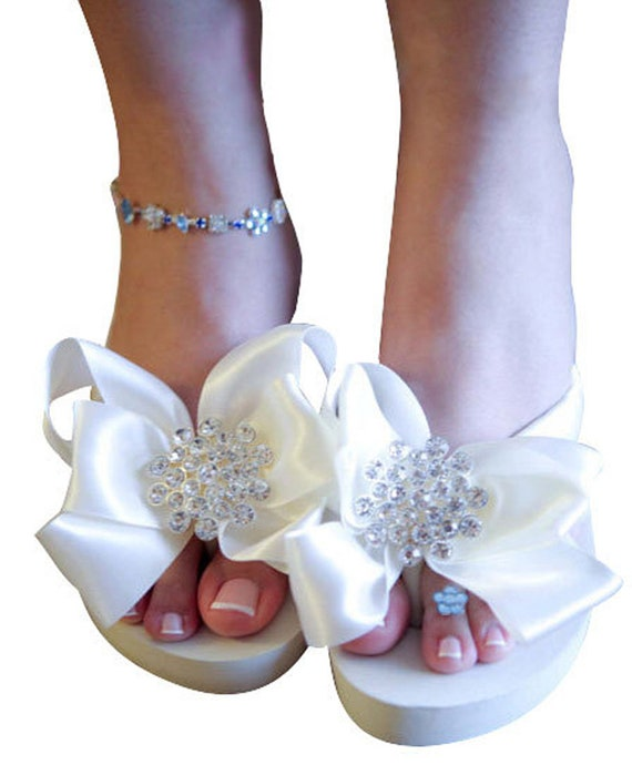 or bows Bridal with ivory or in pearl flat amp; satin rhinestone in embellishment Flip wedge white Flops XZrwHZ