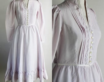 Vintage 1970s 1980's Gunne Sax Dress / Lavender Victorian Style Dress / Jessica McClintock / Puffed Sleeves / Shoulder Pads Prairie Dress