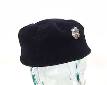 Vintage Black Velvet Hat Topper Pill Box Made in Italy Velda Original