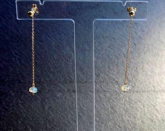 Stud Earrings with Ethiopian Welo Opal (gemstone), 18 K solid yellow gold.