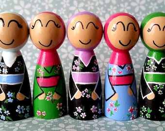 Muslim Japanese Doll/Japanese Kimono/Muslim Hijab Doll/Islamic Toy/Multicultural Doll/Asian Peg Doll/Japan/Islamic Doll/Islamic Toy/Wood
