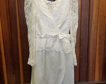 MOTHER Of The BRIDE // Sylvia Ann Creamy Ivory Lace Overlay Dress See Through Formal Size 12
