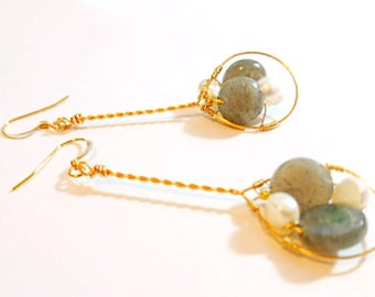Labradorite and Freshwater Pearls Free-form Twisted Dangle Earrings