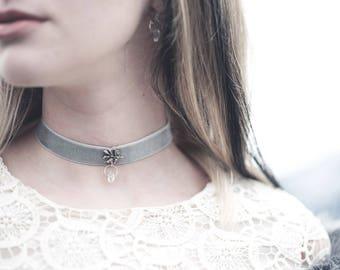 Winterbraut Halsband- Hellblau Samt, Sterling Silber Blatt, Herkimer Diamant- Brautschmuck