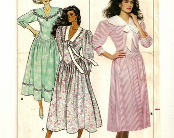 "A Fitted, Below Calf Length, Flared Skirt, Drop Waist Dress Pattern with Collar Variations for Women: Size 6, Bust 30-1/2"" • Butterick 4714"