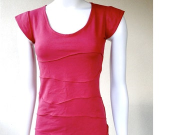Organic cotton fitted tee shirt, cropped top