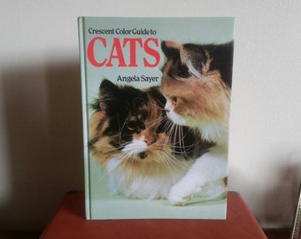 Crescent Color Guide to CATS - 1980s Vintage Cat Book - Kitten Kitty Book Cat Photos - Cat Illustrations Book - Cat Lover Gift - Cat Lady