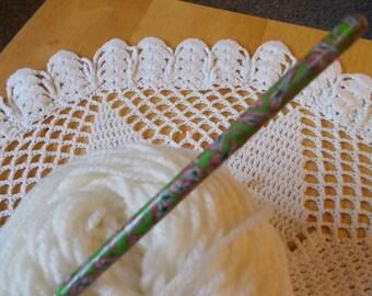 Size B Susan Bates crochet hook