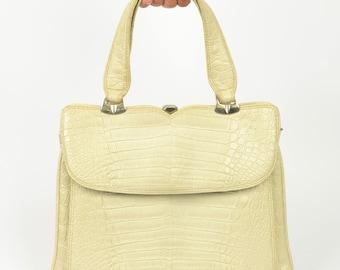 large cream 1960s mock croc vinyl handbag | vintage large ivory purse |  top handle grab bag day bag pockets alligator crocodile vegan mod