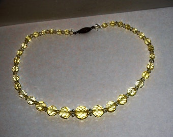 """1940's Vintage Sterling clasp Pale Faceted Citrine 17"""" necklace."""