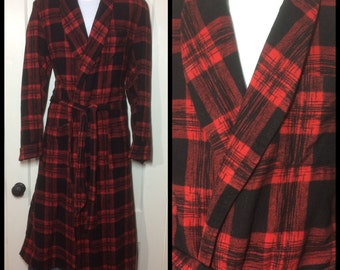 1950's soft cotton Flannel Smoking Jacket long Robe looks size Large Tall Red Black cross hatch Moderne buffalo Plaid rockabilly Lounge