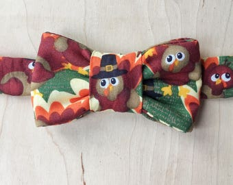 Turkey Print Bow Tie for Cats- Thanksgiving Bow Tie