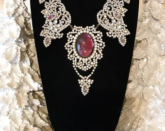 Vintage Purple Rhinestone Statement Necklace, Purple Rhinestone Bib Necklace, Vintage Crystal Necklace, Estate Jewelry, Christmas Necklace