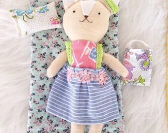 Lucy Anne héritage renard une poupée de chiffon