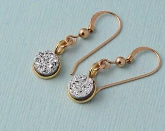 Silver Druzy Drop Earrings / round silver druzy earrings / dangle earrings