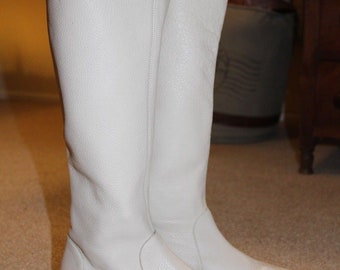 Vintage 80's Dune White Flat Knee High Boots Size 5