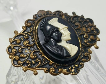 Antique Style Pin