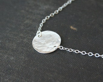 Hammered Sterling Circle Necklace- delicate everyday dainty jewelry